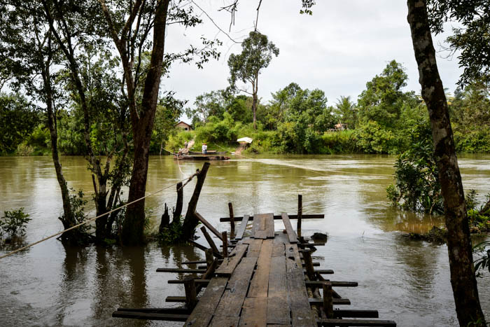 River crossing in wet season at Areng.